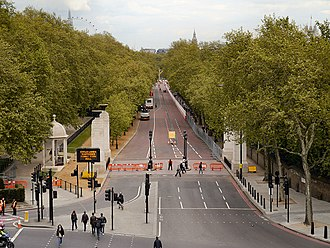 Constitution Hill, London - Constitution Hill from Wellington Arch