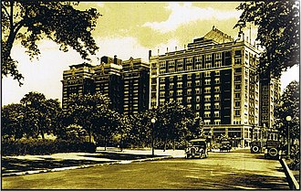 Hampton House (Chicago) - Sisson Hotel (l.) and Cooper-Carlton (r.) from S. Hyde Park Boulevard