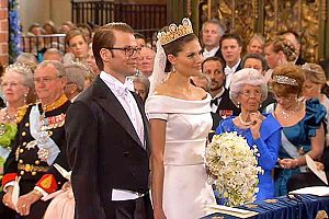 Wedding of Victoria, Crown Princess of Sweden, and Daniel Westling - The couple at the altar
