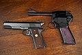 Dardick 1500 vs Colt 1911 (41493349840).jpg