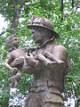 DarienCTFirefightersMonument07302007.JPG
