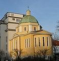 Das Theresienkrankenhaus will sich vergrößern und überlegt deshalb den Abriss dieser Kapelle. - panoramio.jpg