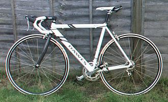 Dawes Cycles - A Giro 400 model racing bike by Dawes. It uses a Shimano chainset and carbon fibre front forks on a butted aluminium frame