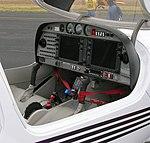 Diamond DA40 cockpit.jpg