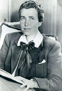Dorothy Arzner.jpg