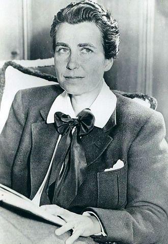 Dorothy Arzner - Arzner in 1934