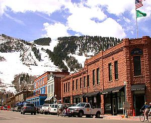 Roaring Fork Valley - Image: Downtown of Aspen, Colorado