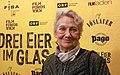 Drei Eier im Glas Premiere 2015 Ingrid Burkhard.jpg