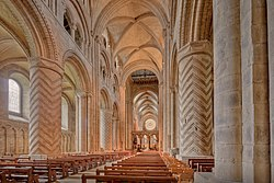 Durham Cathedral Nave.jpg