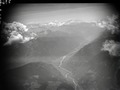 ETH-BIB-Biasca und Fiume Ticino, Blickrichtung Süd-Ost (SE)-Inlandflüge-LBS MH01-007369.tif
