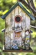 Ein altes Vogelhaus.jpg