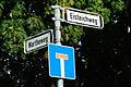 Eisteichweg Ecke Wartheweg Straßenschilder nahe dem ehemaligen Eisteich der Brauerei Scheele Anderten Hannover.jpg