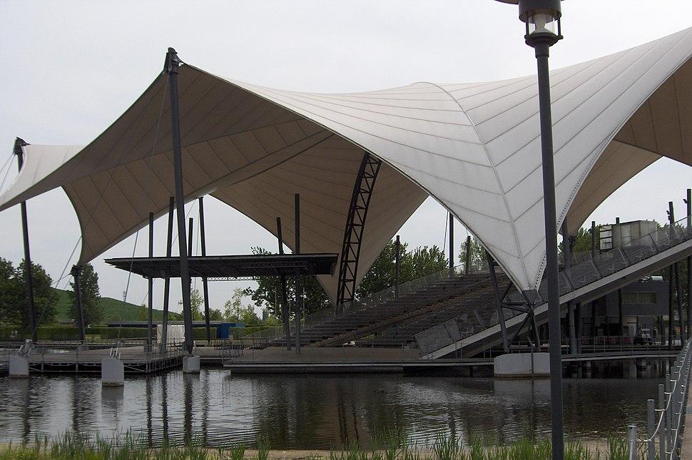 Elbauenpark seebuehne