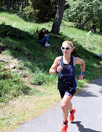 Emma Pooley - Pooley on her way to winning the 2017 Ventouxman triathlon