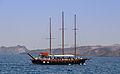 Excursion boat - Athinios port - Santorini - Greece - 01.jpg
