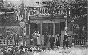 Parade de cirque - Fête de Neuilly-sur-Seine, Le Cirque Corvi, postcard c. 1900