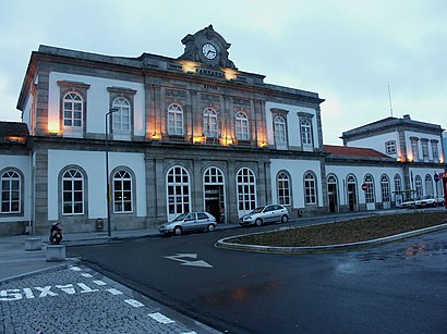 How to get to Porto - Campanhã with public transit - About the place