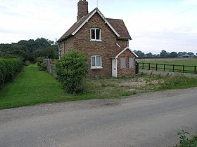 Farlesthorpe Crossing House - geograph.org.uk - 230962.jpg