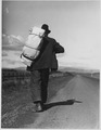 Farm Security Administration, Migrant worker on California highway - NARA - 196260.tif