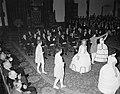 Feestelijke viering van 50 jaar kinderwetten in de Ridderzaal wordt in historis, Bestanddeelnr 907-4763.jpg