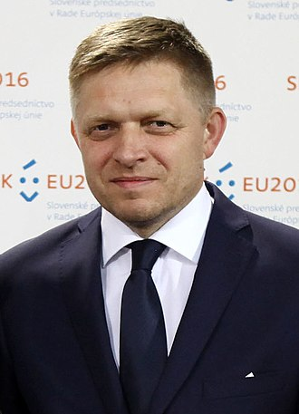 Robert Fico - Image: Fico Juncker (cropped)