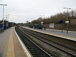 Filton Abbey Wood railway station platforms 01.jpg