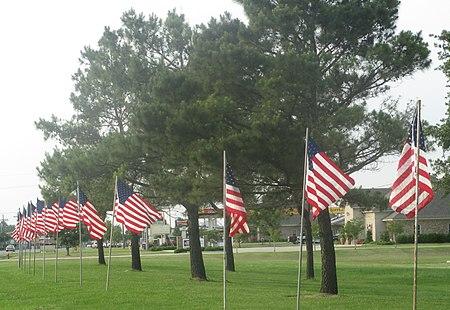 Flags fly in Winnsboro (May 2013) IMG 7491 1.jpg