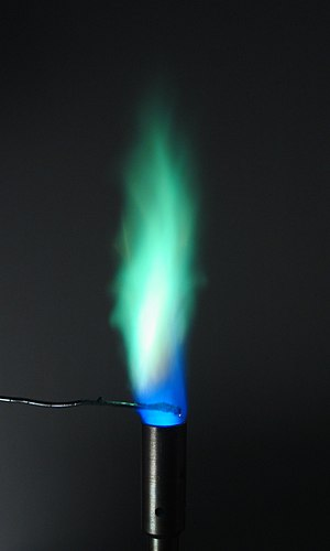 Flame test - Flame test on copper sulfate