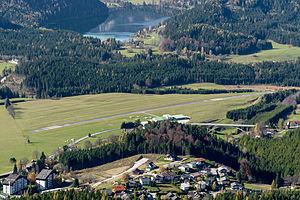 Mariazell Airport - Image: Flugplatz Mariazell DSC 8416