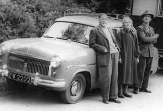 Vehicle registration plates of the Republic of Ireland - Mid-1950s Ford Consul with County Kildare registration plate ZW 2202 – contemporary photograph