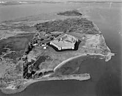 Fort Delaware LOC 384066pu.jpg