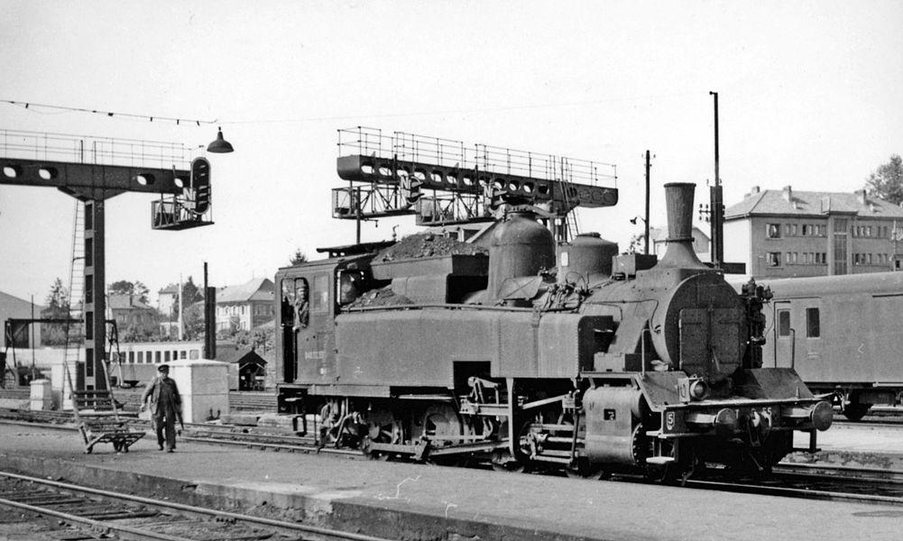 SNCF 0-8-0T at Besançon-Viotte (Doubs), 1958.