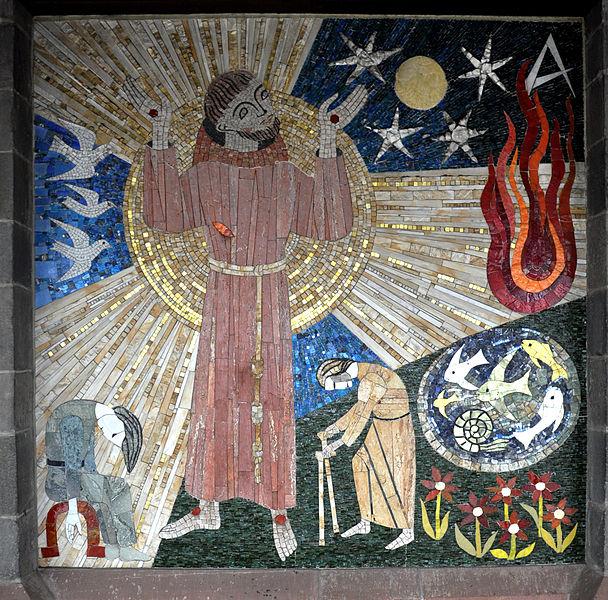 File:Frankfurt Liebfrauenkirche Innenhof Franziskus-Mosaik.jpg