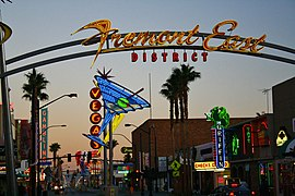 Fremont East District Neon - panoramio.jpg
