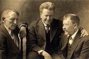 Senator La Follette (center), with maritime labor leader Andrew Furuseth (left) and muckraker Lincoln Steffens, circa 1915.