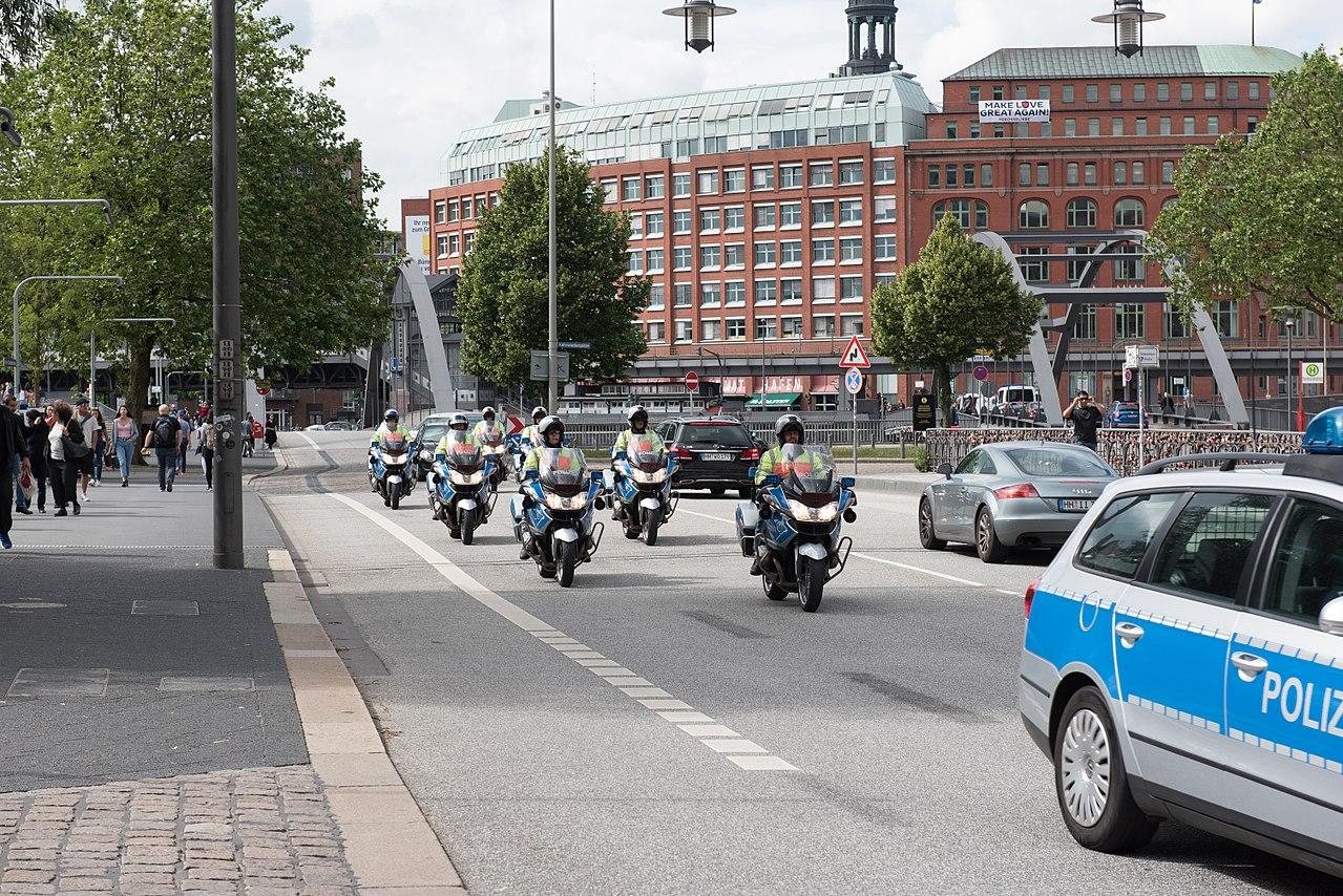 G-20 - Polizei Krad-Staffel 02.jpg