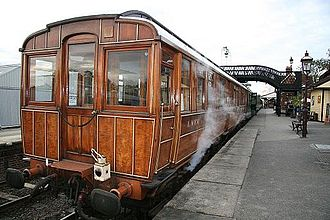 The Railway Children (2000 film) - GNR Director's Saloon No. 706