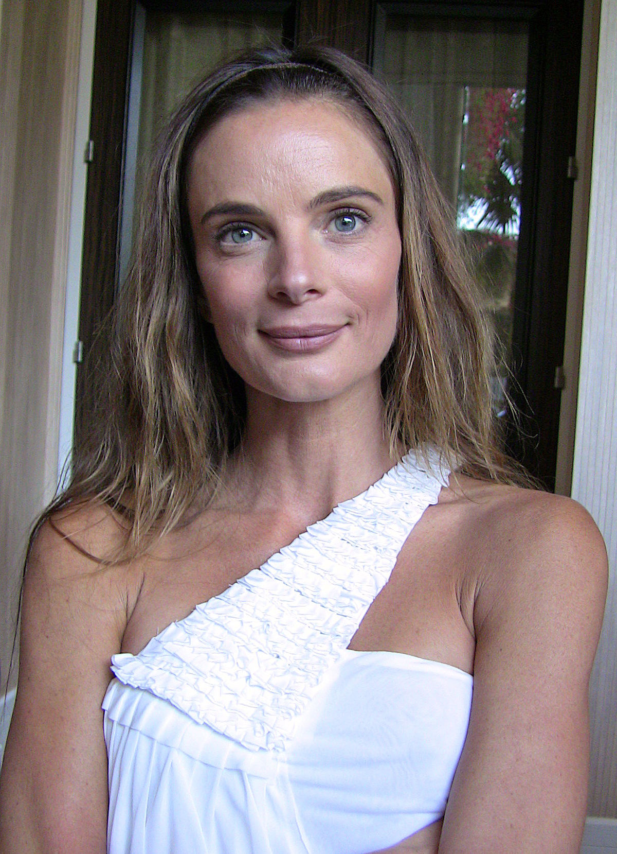 Gabrielle Anwar (born 1970 (naturalized American citizen)