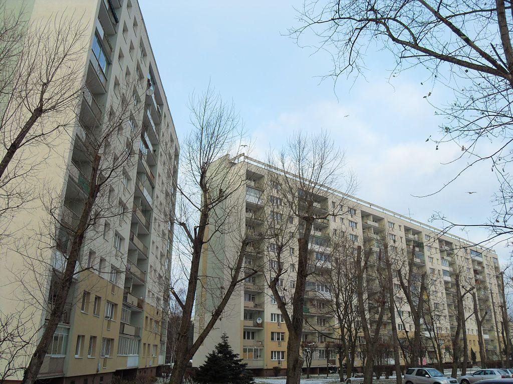 1024px-Gda%C5%84sk_ulica_Pomorska_15_i_16.JPG