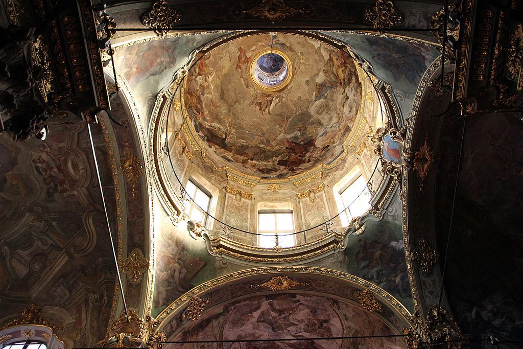 Coupole et fresque en trompe l'oeil de l'église Santa Maria Maddalena de Gênes - Photo de Sailko