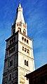 Ghirlandina, torre di Modena.jpg