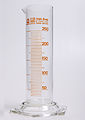 Glass graduated cylinder-250ml 1.jpg