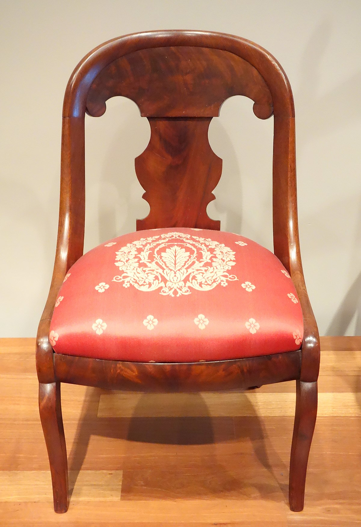 Gondola chair wikipedia
