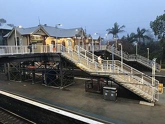 Gordon railway station, Sydney - Image: Gordon station (40986462894)
