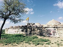 Pomniki Jainów w Nagarparkar w Pakistanie
