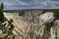 מבט מהמפל העליון על הקניון הגדול של ילוסטון