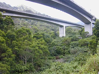 Halawa, Hawaii - Halawa viaducts, carrying H-3