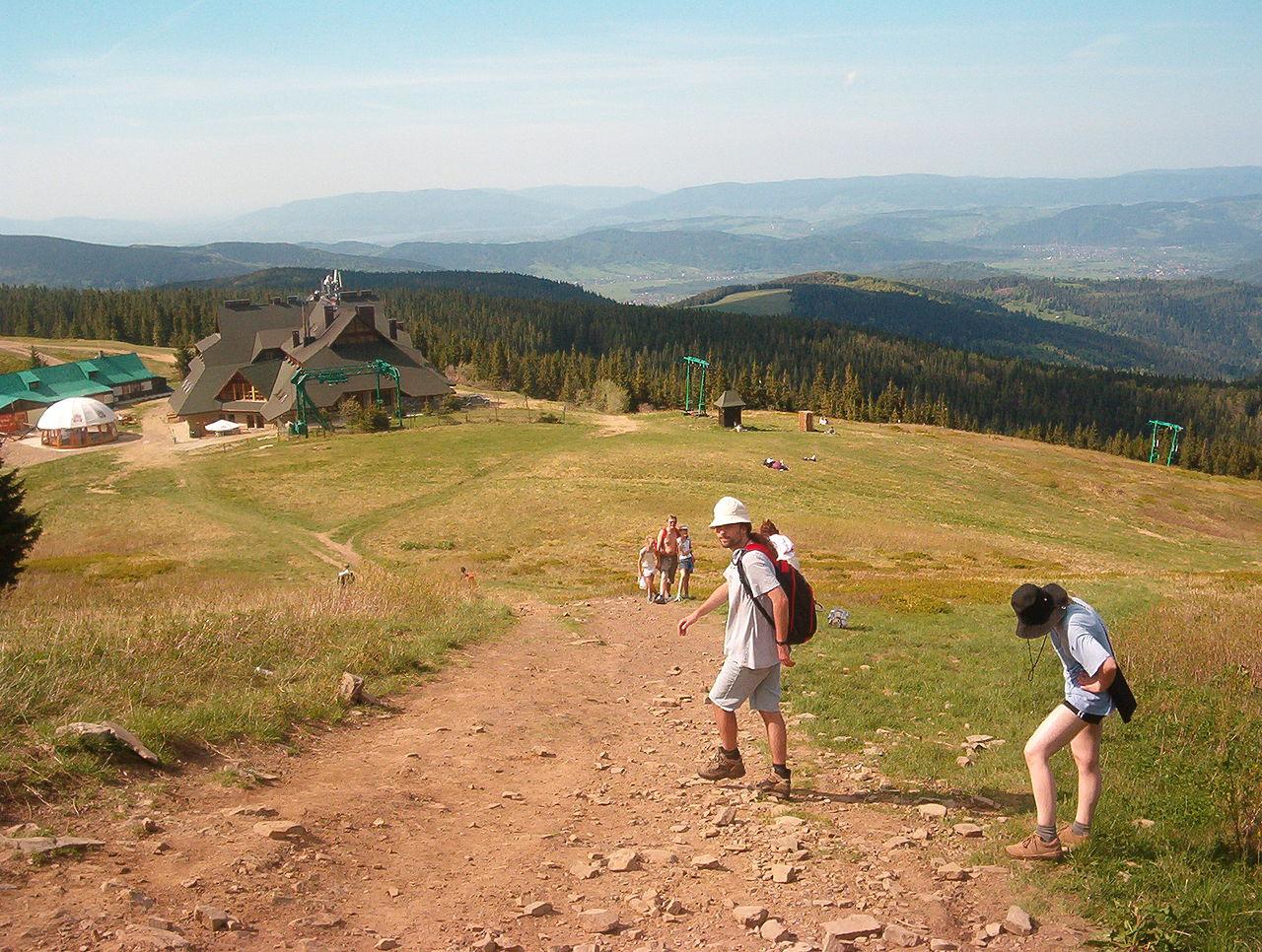 Szlak turystyczny – Sopotnia Wielka – Hala Miziowa