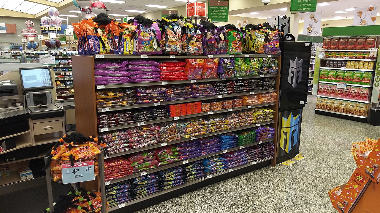 Halloween 2020 Clearwater File:Halloween candy display in a Publix in Clearwater, Florida