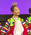 Hanbok dancing female.jpg